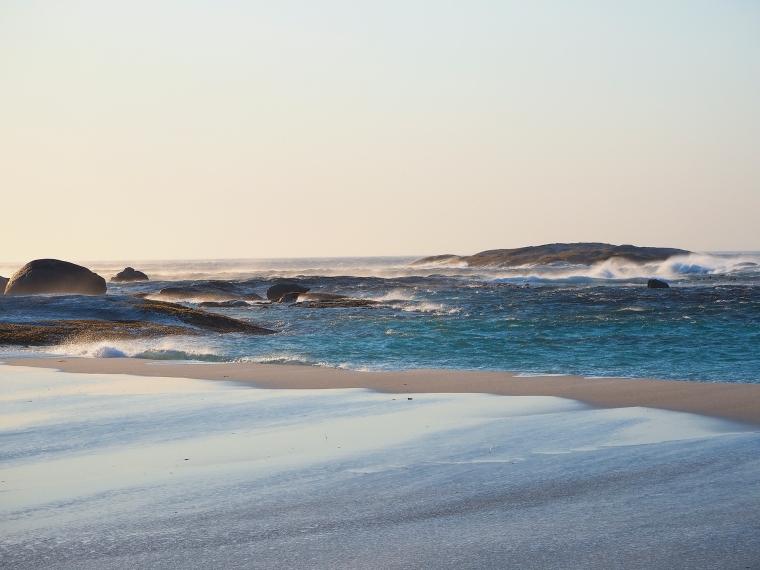 Vågor, hav och strand