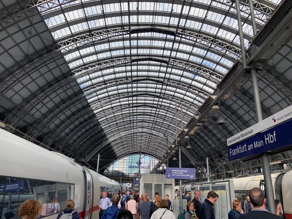 tåg från stockholm till frankfurt