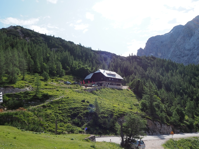 En restaurang mitt i bergen.