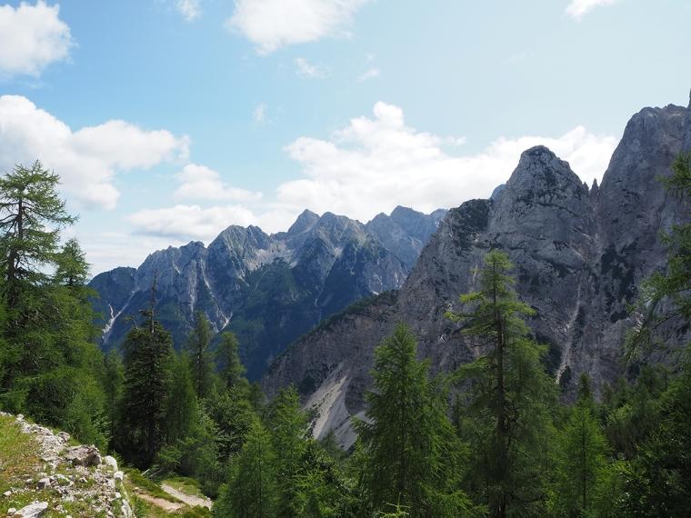 Utsikt över berg.